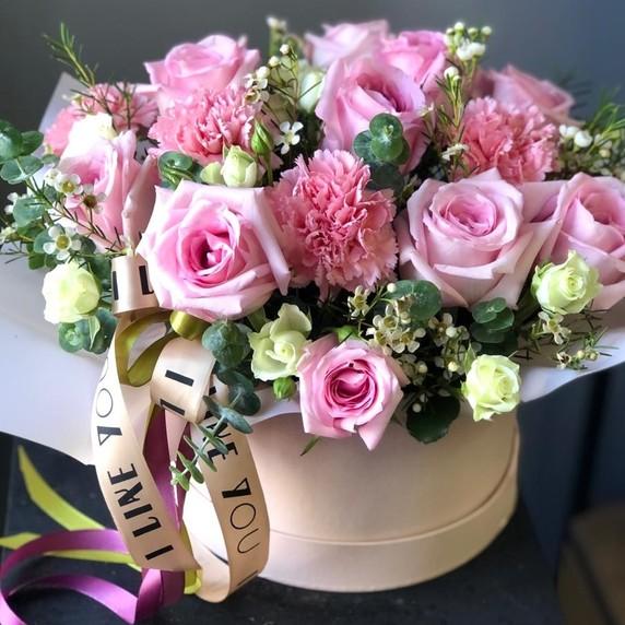Купить цветы и букеты на юбилей | АМСТЕРДАМ - Цветы и подарки